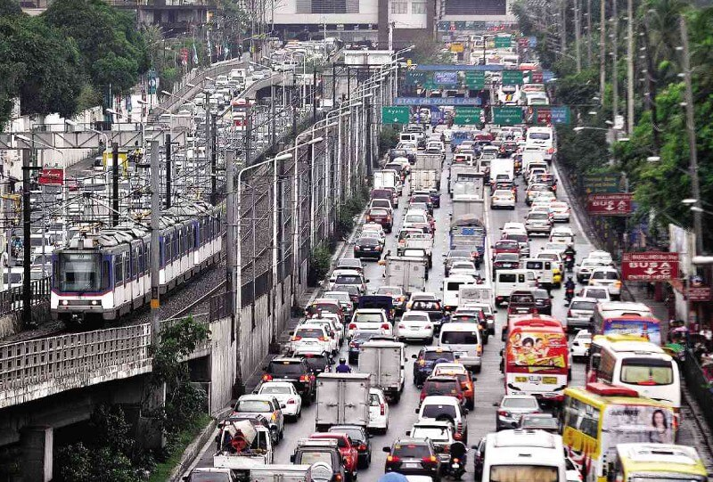 Traffic in Singapore is heavy — relocation to Singapore